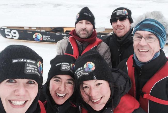 Montréal Space for Life ice canoeing team