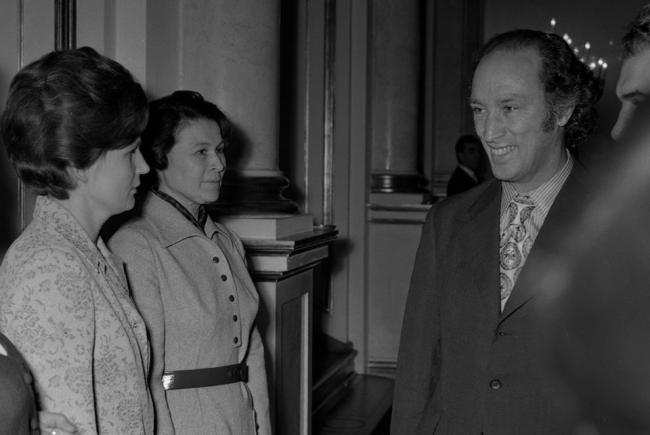Valentina Terechkova et Pierre E Trudeau en 1971
