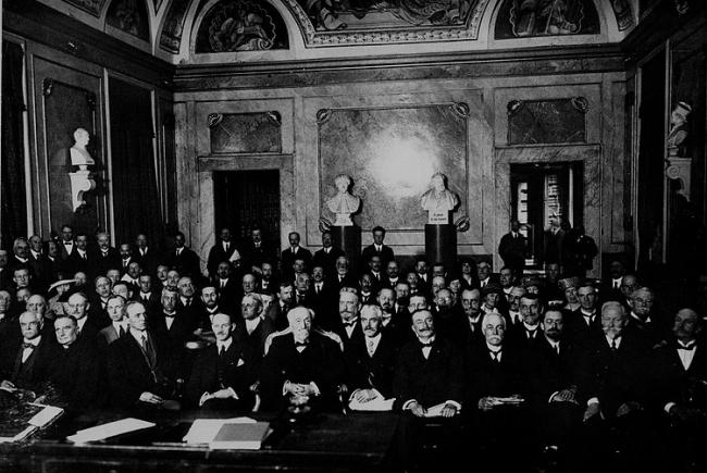 First General Assembly of the IAU in Rome, Italy, in 1922