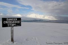 Danger crevasses