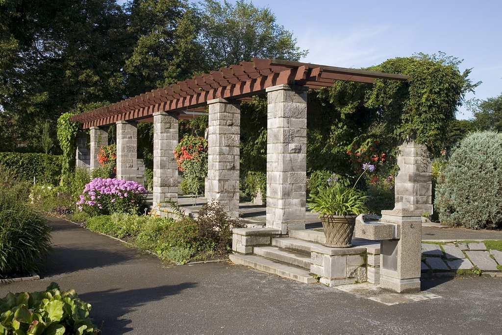 Elimination de l 39 eau embouteill e espace pour la vie for Planificateur jardin