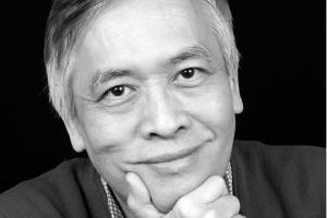 Trinh Xuan Thuan.