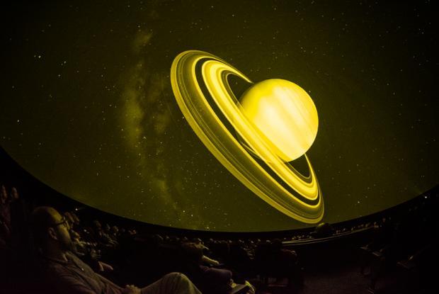 Spectacle De la Terre aux étoiles au théâtre de la Voie lactée