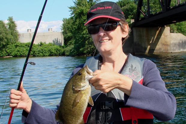The smallmouth bass feeds on insects.
