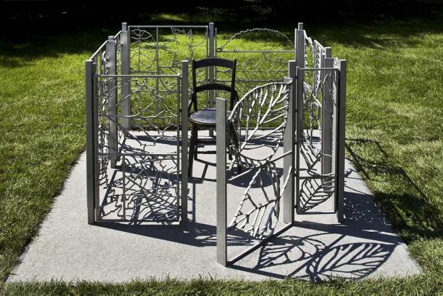 Un jardin à soi, a sculpture by artist Michel Goulet