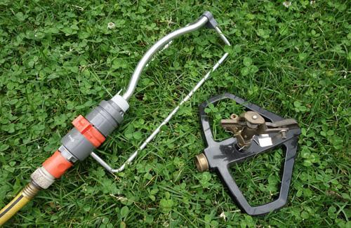 Oscillating sprinkler and rotating sprinkler