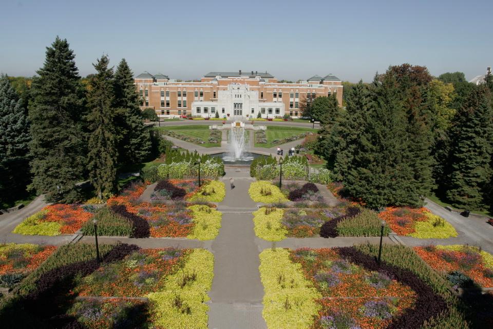 Jardins d 39 accueil espace pour la vie for Biodome insectarium jardin botanique